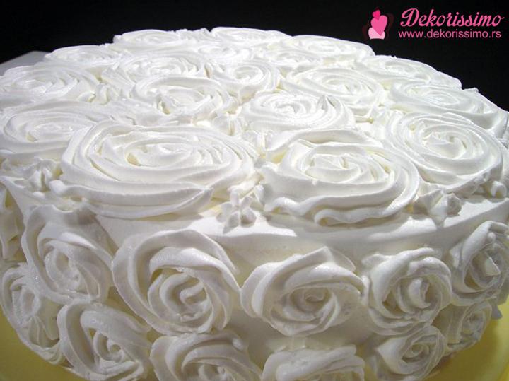 Dekorissimo torta sa sumskim vocem 2