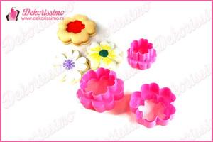 Sekači dvostrani cvetić, set 3 kom - K8407